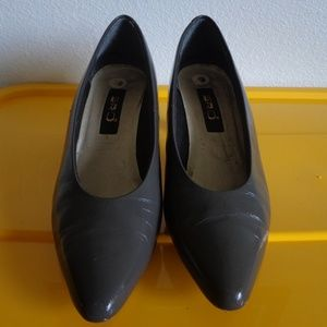 Women's Pumps/Grey